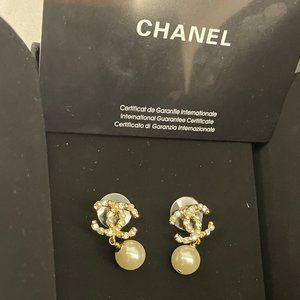Chanel Ladies Pearl Earrings + Diamonds Cleaned